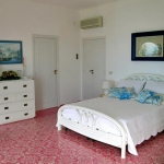 italian-villas-with-bright-accents2-6.jpg