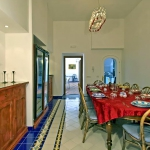 italian-villas-with-bright-accents3-2.jpg