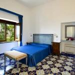 italian-villas-with-bright-accents3-7.jpg