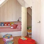 kidsroom-in-attic3-5.jpg