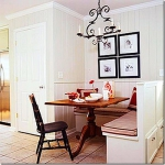 kitchen-banquette-spacious3.jpg