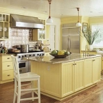 kitchen-island-traditional2.jpg