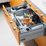 kitchen-storage-solutions-drawers-dividers2-2.jpg