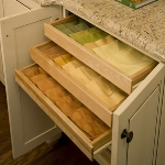 kitchen-storage-solutions-drawers-dividers5-2.jpg
