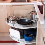 kitchen-storage-solutions-pull-out1-6.jpg