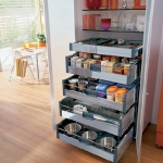 kitchen-storage-solutions-pull-out10-3.jpg
