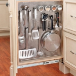kitchen-storage-solutions-pull-out3-5.jpg