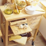 kitchen-storage-solutions-pull-out6-3.jpg