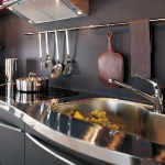kitchen-storage-solutions-railing2-5.jpg