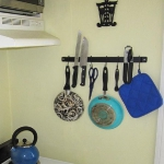 kitchen-storage-solutions-magnets2.jpg
