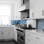 kitchen-white-plus-blue3.jpg