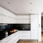 kitchen-white-plus-achromatic10.jpg