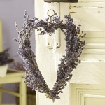 lavender-home-decorating-ideas-wreath6.jpg