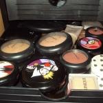 makeup-storage-solutions-story2-6.jpg