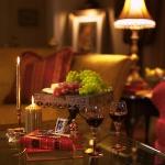 master-luxury-details-phyllis-livingroom3-2.jpg