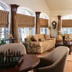 master-luxury-details-phyllis-familyroom1-1.jpg