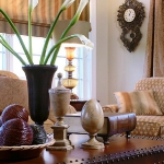 master-luxury-details-phyllis-familyroom1-2.jpg