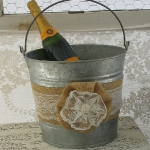 metal-buckets-creative-ideas2-6.jpg