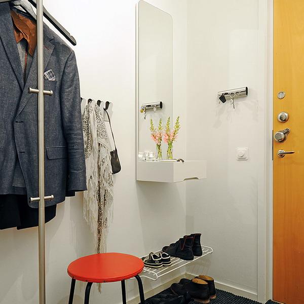 Зеркало в прихожей: часть 2 - как удачно соединить с мебелью.