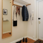 mirror-ideas-in-hallway3-1.jpg