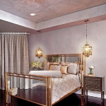 mirrored-furniture-bed1.jpg