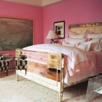mirrored-furniture-bed2.jpg