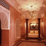 moroccan-theme-in-bedroom1-10.jpg