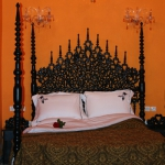 moroccan-theme-in-bedroom1-6.jpg