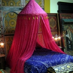 moroccan-theme-in-bedroom3-8.jpg