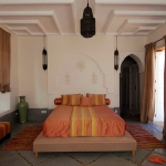 moroccan-theme-in-bedroom4-12.jpg
