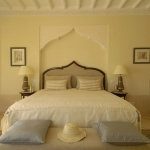 moroccan-theme-in-bedroom5-1.jpg