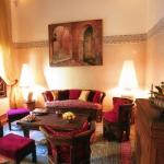 morocco-style-authentic-livingroom1-6-2.jpg