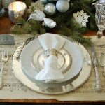 music-sheet-craft-decorating-table-setting1.jpg