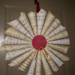 music-sheet-craft-wreath5.jpg