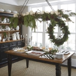 new-year-decorations-from-pine-branches-wreath3.jpg