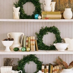 new-year-decorations-from-pine-branches-wreath8.jpg