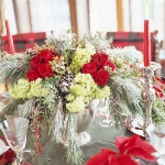 new-year-decorations-from-pine-branches-centerpiece3.jpg