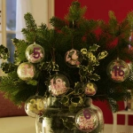 new-year-decorations-from-pine-branches-centerpiece8.jpg