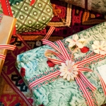 new-year-gift-wrapping-themes6-4.jpg