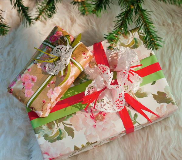 Как упаковать скатерть в подарок