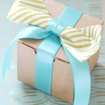 new-year-gift-wrapping-themes9-5.jpg