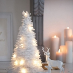 nordic-new-year-decoration-in-white1.jpg