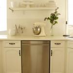 open-shelves-in-kitchen23.jpg