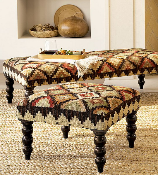 http://www.design-remont.info/wp-content/uploads/gallery/ottomans-and-poufs-interior-ideas-style5/ottomans-and-poufs-interior-ideas-style5-1.jpg