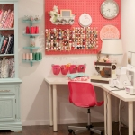 pegboard-in-homeoffice-and-craftrooms-decor1-1