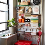 pegboard-in-homeoffice-and-craftrooms-ideas3