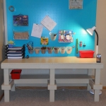 pegboard-in-homeoffice-and-craftrooms-ideas8