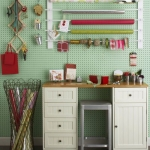 pegboard-in-homeoffice-and-craftrooms1-2