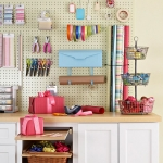 pegboard-in-homeoffice-and-craftrooms4-2