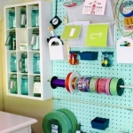pegboard-in-homeoffice-and-craftrooms4-5